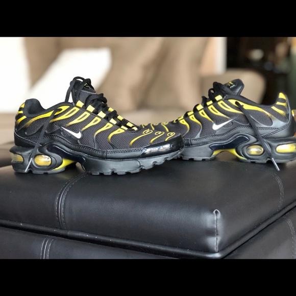 Nike Air Max Plus Black Vivid Sulfur